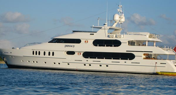 Tiger Woods yacht privacy at Bahamas